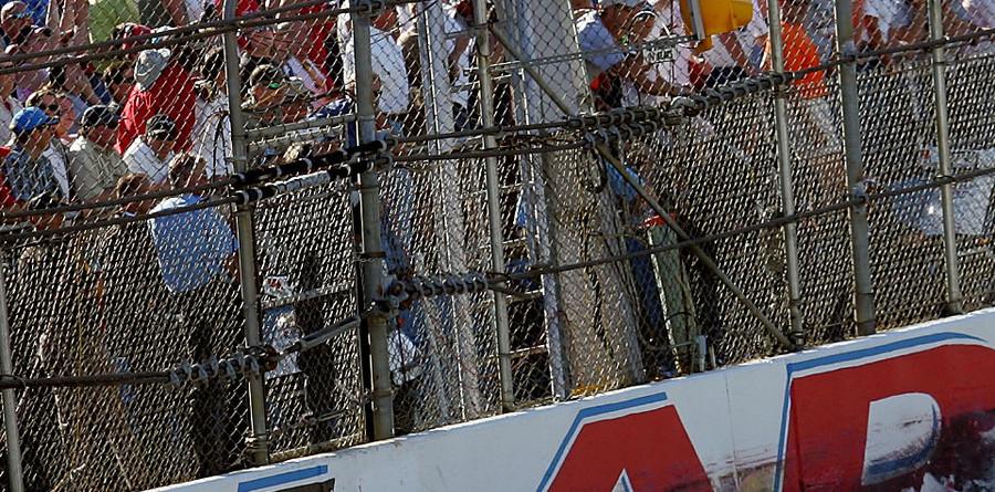 Jeff Gordon survives to win Talladega