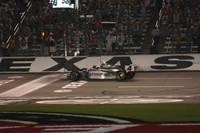 IRL: Scheckter hits pay dirt at Texas