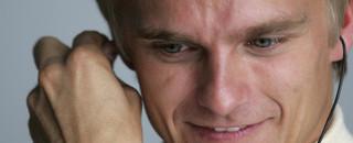 Formula 1 Renault confirms Kovalainen as third driver