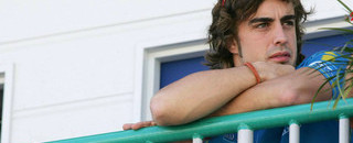 Formula 1 Alonso confirmed at McLaren for 2007