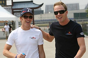Formula 1 Doornbos takes it easy in practices