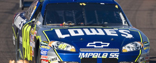 NASCAR Cup Johnson wins Phoenix, controls Chase lead
