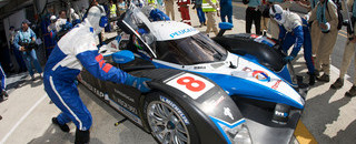 Le Mans Peugeots hit trouble, Audi leads in hour three