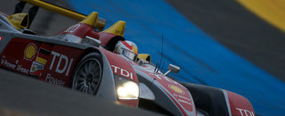 Le Mans Audi takes lead in the rain