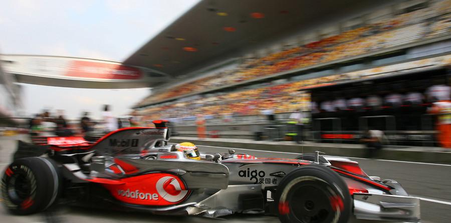 Hamilton fastest in China practice