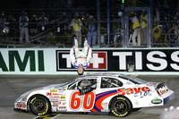Edwards wins race, Bower earns championship