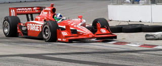 IndyCar Franchitti survives frantic Toronto street fight