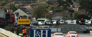 Supercars Holden Racing finish 1, 2 at Sandown