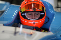 Schumacher's GP2 car test dampened by weather