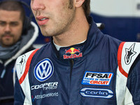 Vergne wins Magny-Cours Sprint race