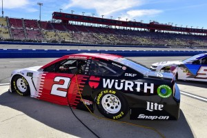 Irres NASCAR-Qualifying in Fontana: Buhrufe nach