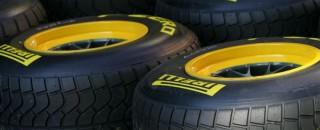 Formula 1 De la Rosa laments rain for Pirelli test