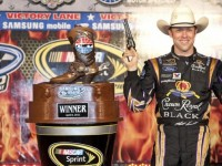 Kenseth breaks dry spell with Texas victory