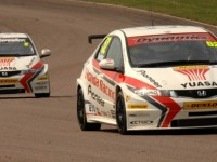 Honda Duo Dominate At Thruxton