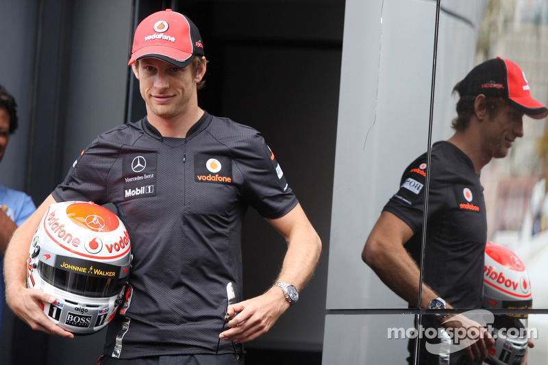 Button not ruling out Ferrari move