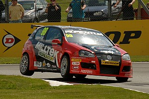 BTCC AmD Milltek Racing.com parts company with Tom Onslow-Cole