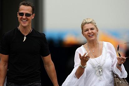 Wife gives Schumacher green light for new deal