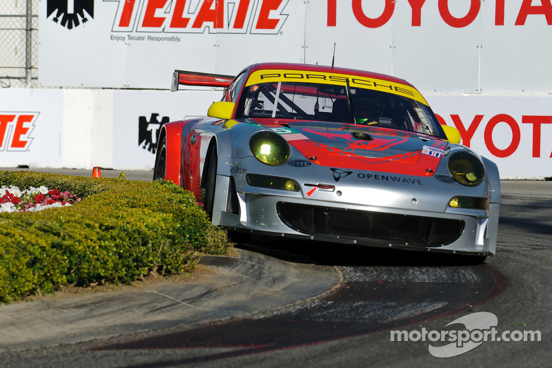 Flying Lizard Prepared For Lime Rock Park