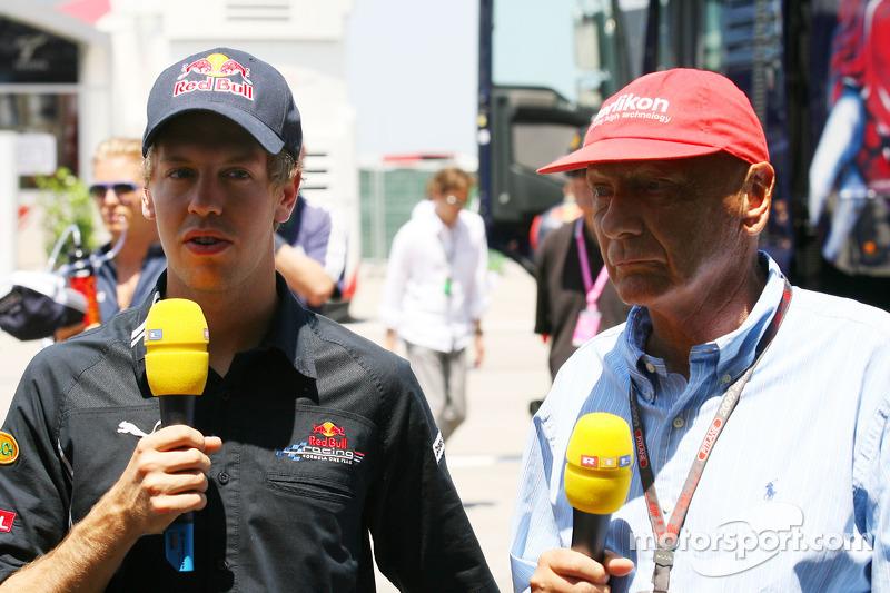 Exhaust Saga F1's 'Biggest Farce' - Lauda
