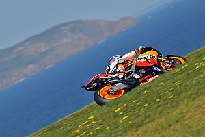 MotoGP Super Stoner untouchable in qualifying at home Australian GP