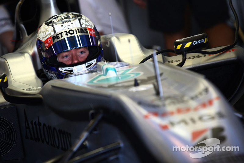 Mercedes Abu Dhabi young driver test Tuesday report