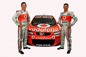 Supercars TeamVodafone and Triple 8 extend partnership