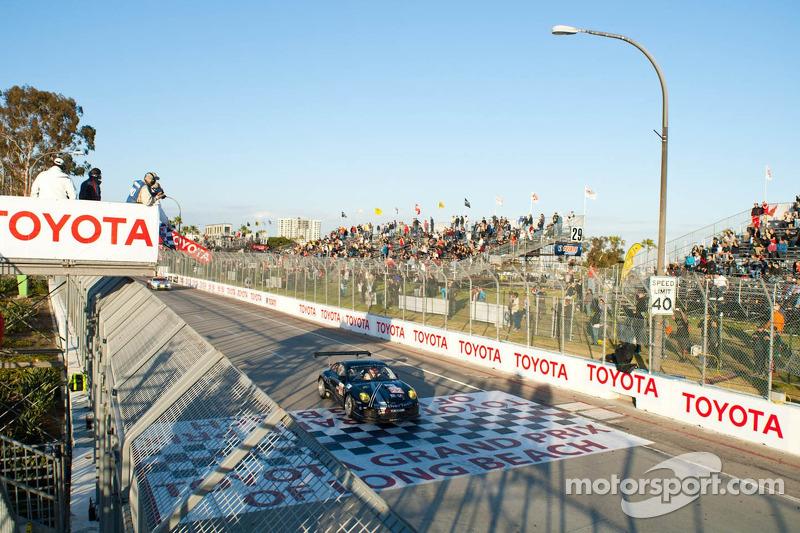 Lazzaro joins MacNeil in AJR Porsche at Laguna Seca