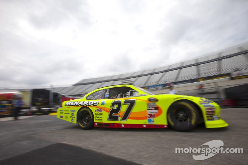 Menard leads Team Chevy in qualifying at Pocono