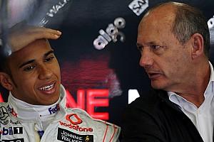 Formula 1 Dennis hints money at heart of new Hamilton deal