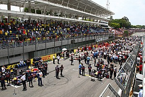 Formula 1 Ecclestone approves plan to move Interlagos pits