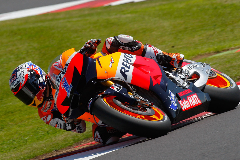 Strong start for Stoner at Silverstone