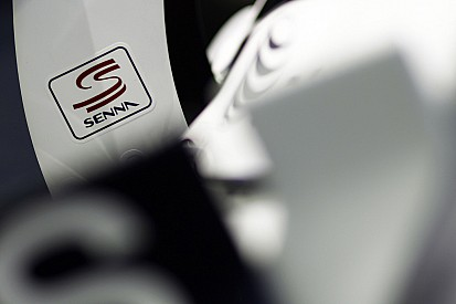 Williams finally drops Senna-logo car tribute