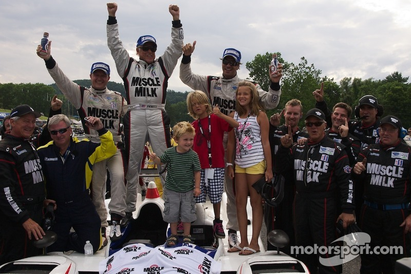 Muscle Milk Pickett Racing come from behind to win P1 at Lime Rock