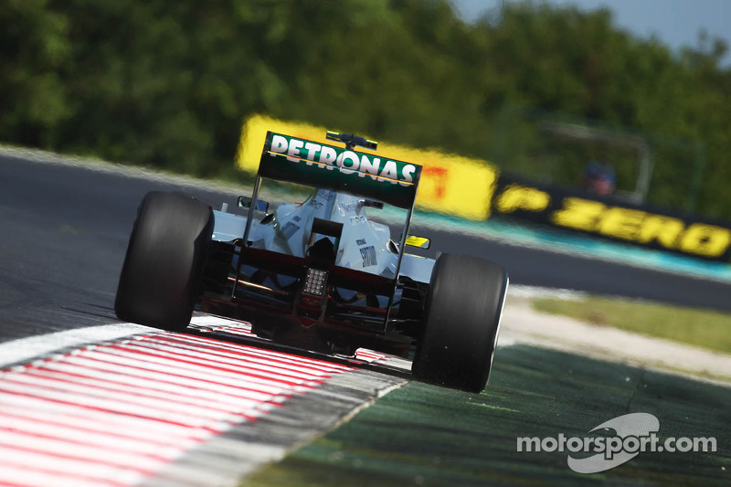 More Mercedes wins unlikely for now - Rosberg