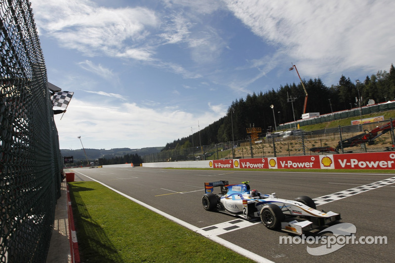 Barwa Addax's Kral drives to a commanding victory in Spa