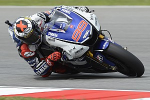 MotoGP Qualifying report Late push from Lorenzo sets new qualifying record at Sepang