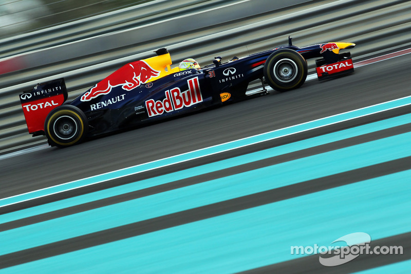 Red Bull put Young Driver Frijns in the RB8 for final day of testing at Abu Dhabi