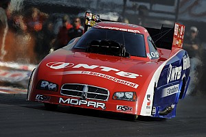 NHRA Race report Early ending on raceday at Pomona Finale for Johnny Gray