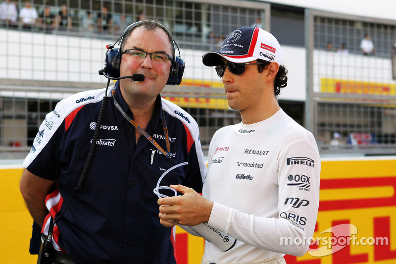 Teams get first taste of Pirelli's 2013 tires in São Paulo