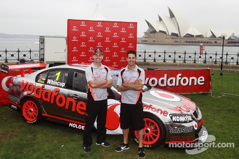 """Whincup grabs """"artificial provisional pole"""" for Sydney Telstra 500"""
