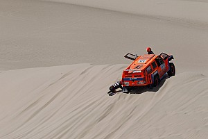 Dakar Stage report SPEED Energy Racing's Gordon runs into trouble on first stage