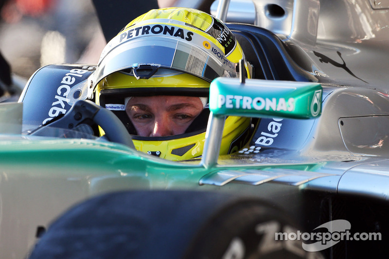 New Ferrari 'quite good' at Jerez - Rosberg