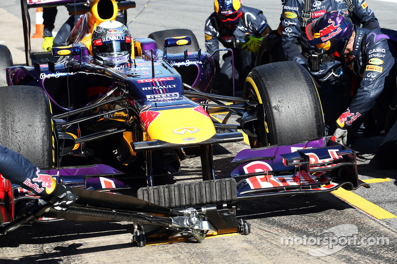 Vettel's second day of testing at Barcelona ended with mixed emotions