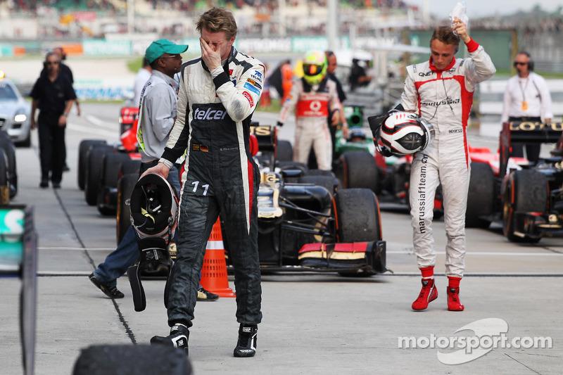 Sauber situation 'unacceptable' - Hulkenberg