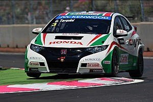 WTCC Qualifying report Tarquini leads Honda 1-2-3 in qualifying at the Slovakia Ring