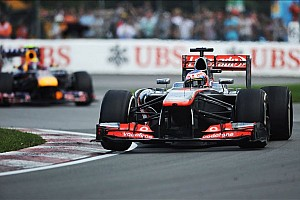Formula 1 Breaking news McLaren 'clutching at straws' - Button