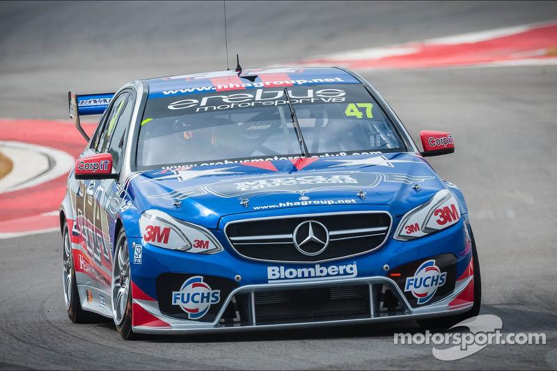 Tim Slade puts Mercedes-Benz in top three in Darwin