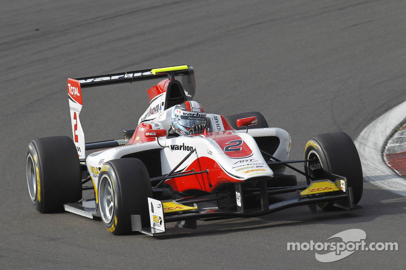 Regalia takes maiden pole in Nurburgring