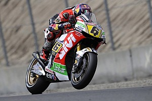 MotoGP Qualifying report Bradl blasts into pole position in dying seconds at Laguna Seca
