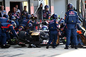 Formula 1 Breaking news Formula One considers minimum time for pitstops